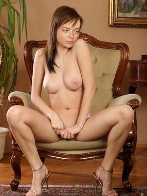 Marina Aleksandrova topless