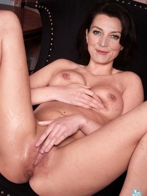 Michelle Jones  nackt