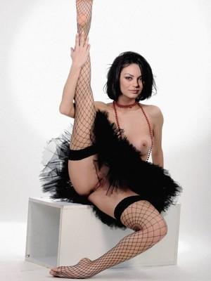 Mila Kunis celebrity naked
