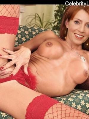 Monica May  nackt