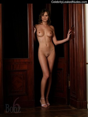 Natalie Portman celeb nude