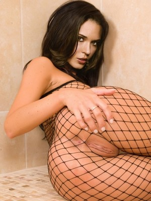 Odette Annable free nude celebrities