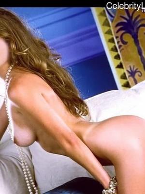 Naked Celebrity Rebecca Gayheart 5 pic