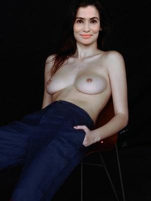 Renata nude