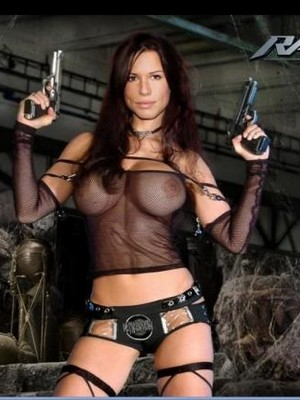 Free Nude Celeb Rhona Mitra 5 pic