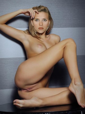 Scarlett Johansson nude celebs
