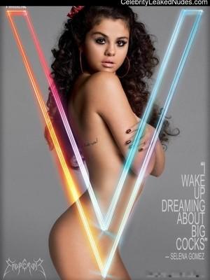 Free nude Celebrity Selena Gomez 12 pic