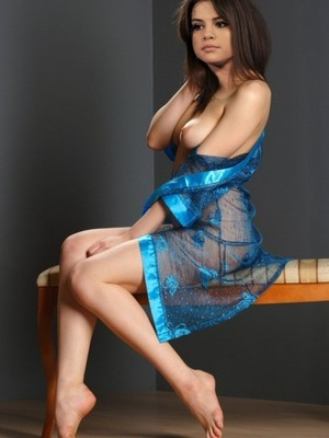 Celebrity Naked Selena Gomez 27 pic