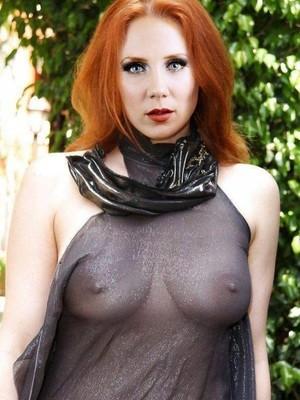 Simone simons naked