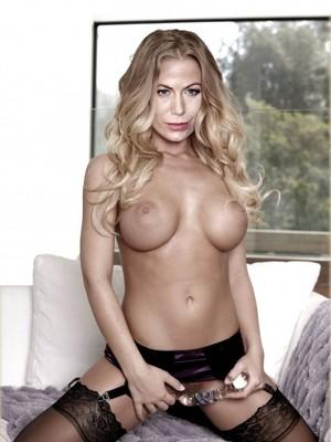 Sonya Walger  nackt
