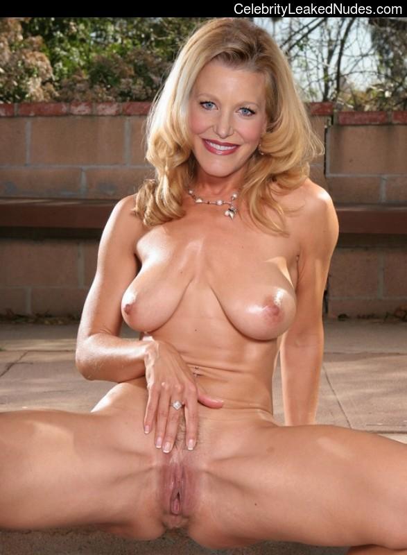 Tanja hewer nude