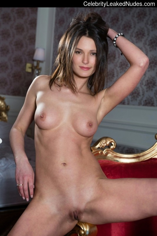 completely naked briana evigan
