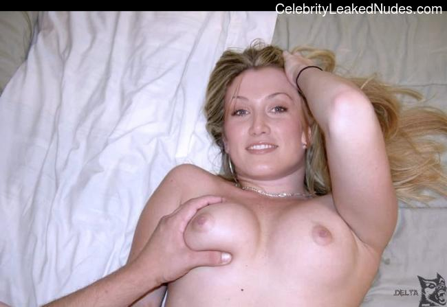 passed out fuck hot girl