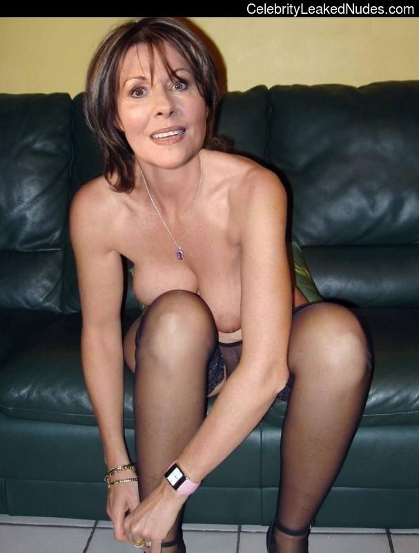 elisabeth sladen nude