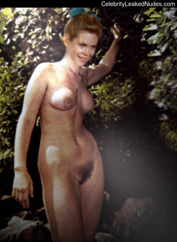 Nude elizibeth montgomery