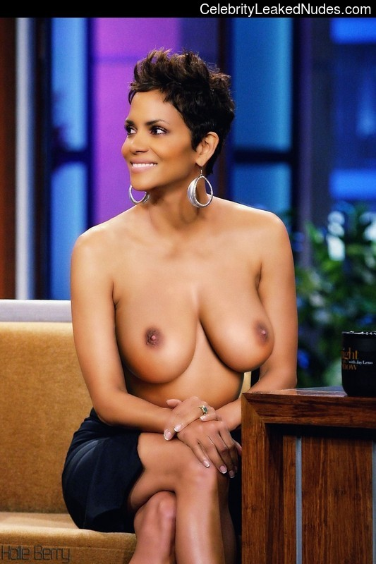 Halle berry fake boobs