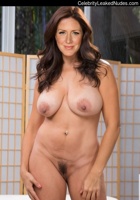 joely fisher naked