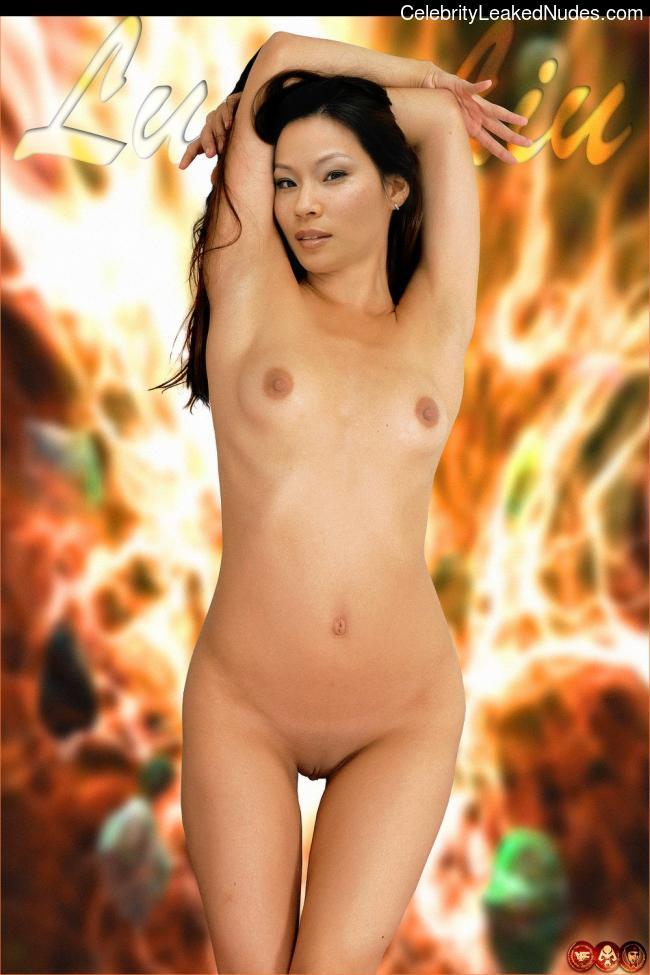 jamie pressly nude pics