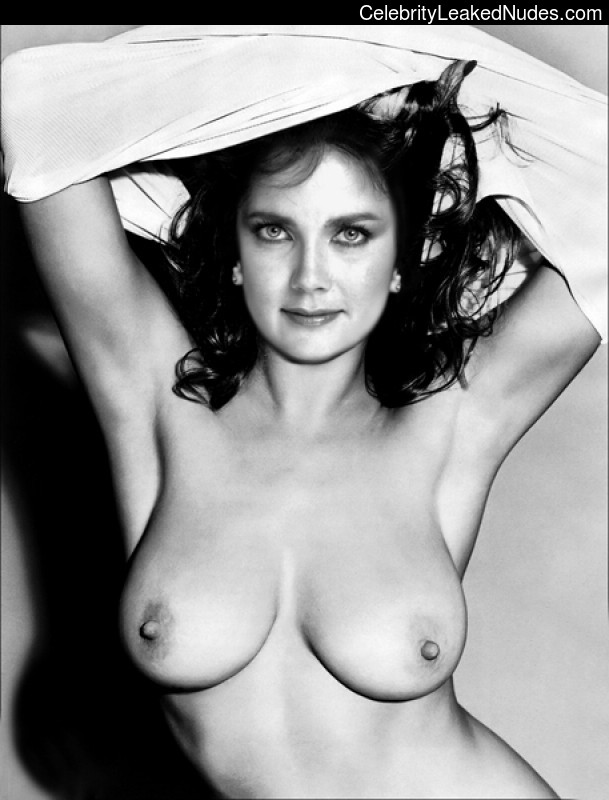 Wonder woman actress naked