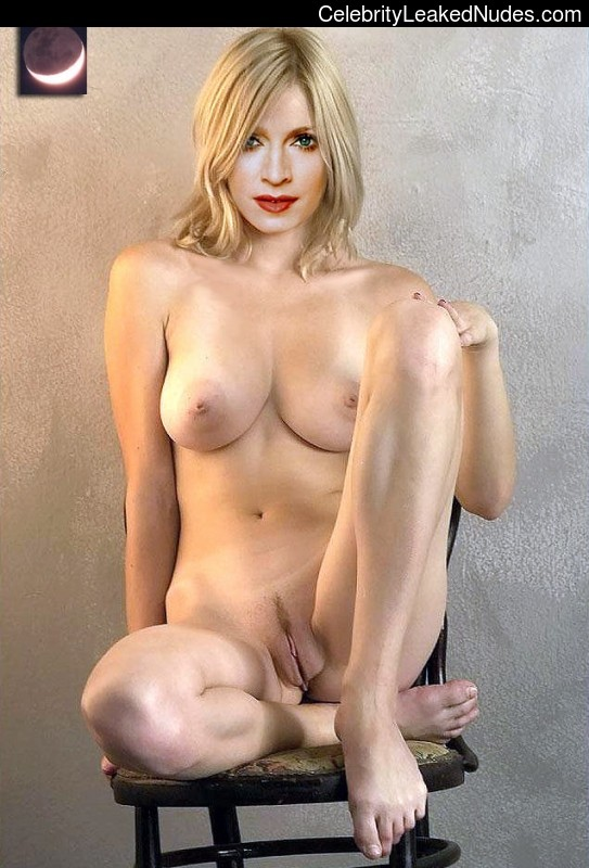 nice ass naked babes
