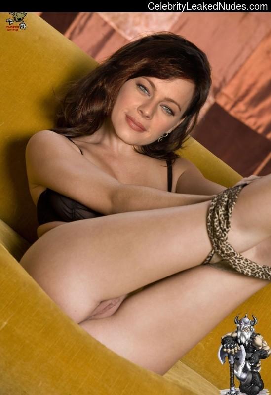 Photos melinda clarke nude