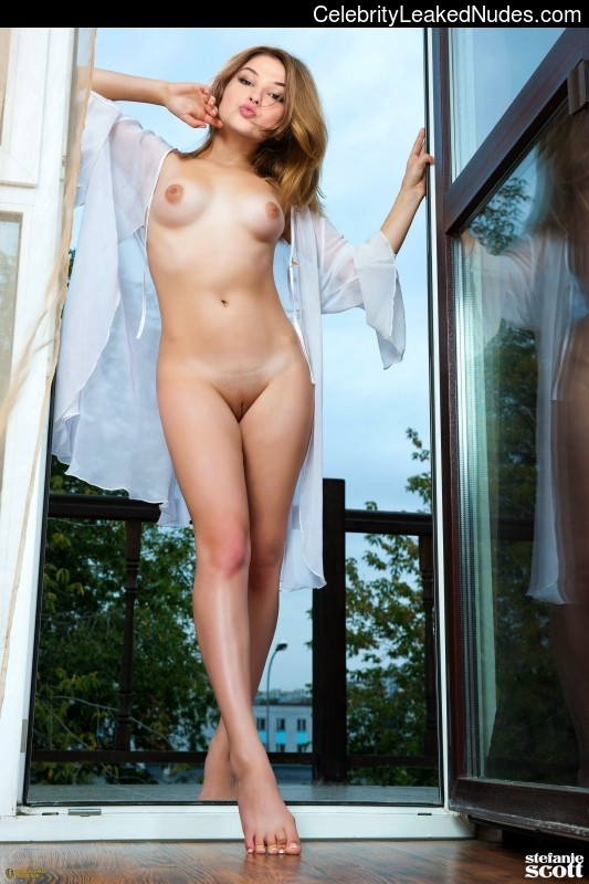 Animated pics of girls squirting