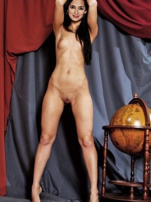 naked chinese women download