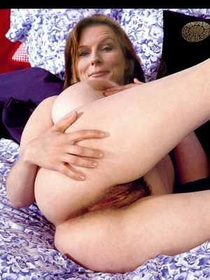 Jennifer Saunders Nude