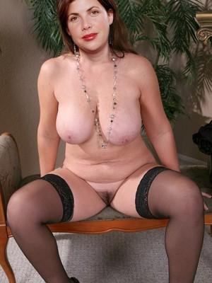 Kirstie Allsopp Naked
