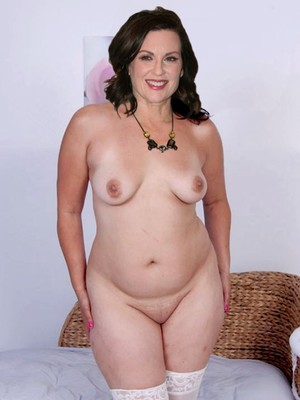 megan mullally nude fakes
