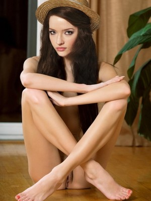Talulah Riley Nude